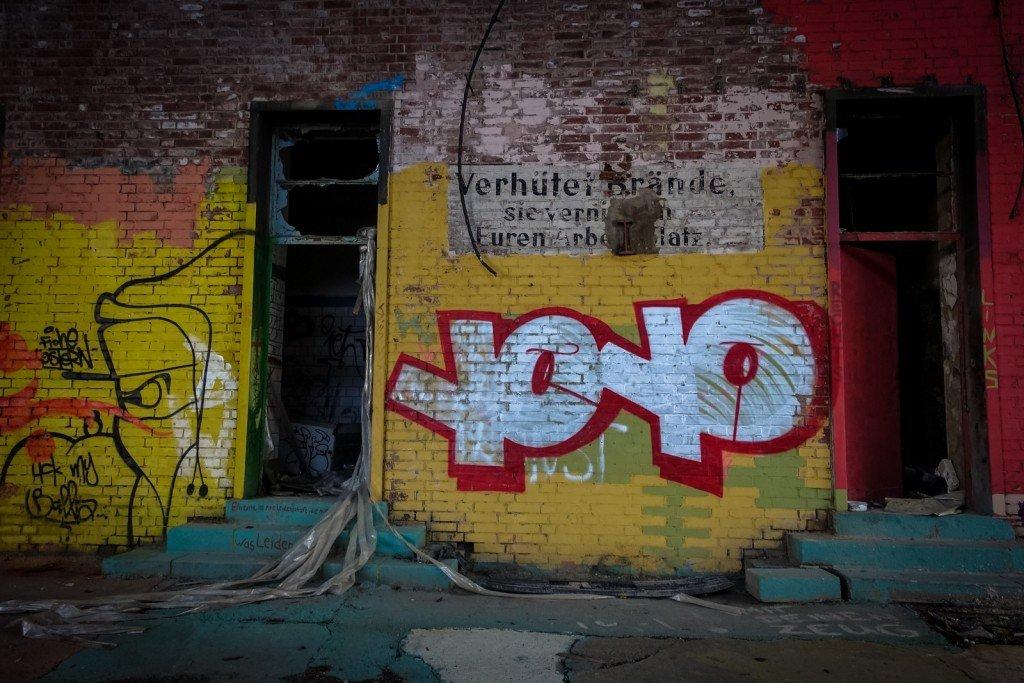 urbex  graffiti  - yoyo - schlachthof, halle/saale