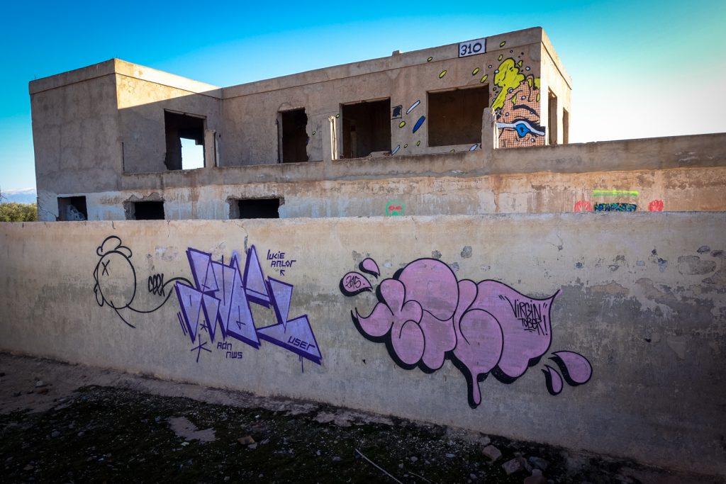 graffiti - tilt . ceet . 310 - jardin rouge, marrakesh
