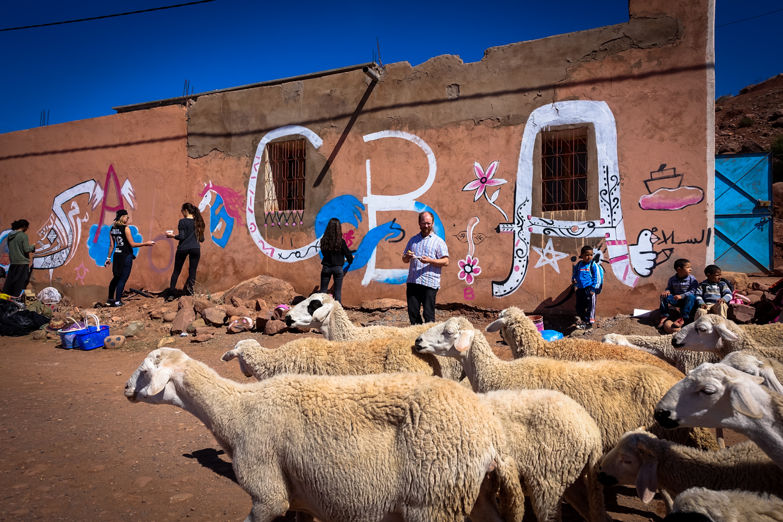 MB6 street artists paint abury foundation village school in atlasmountains