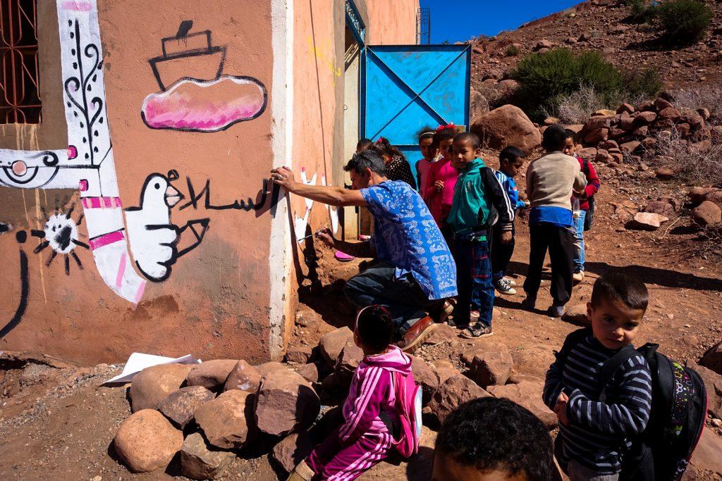 painting village school - giacomo bufarini RUN -  abury & mb6str