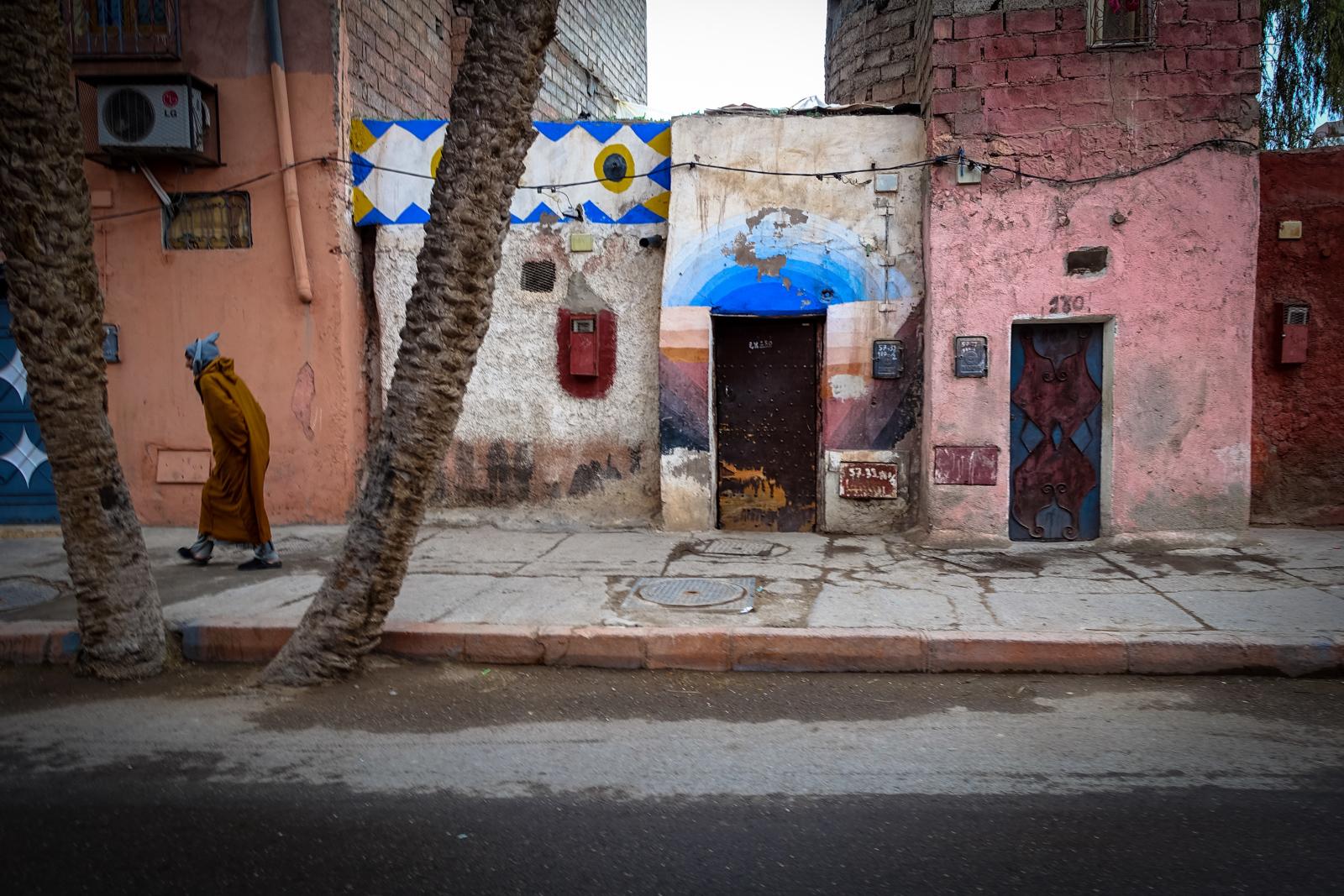 streetart in der rue kbour chou, marrakesch