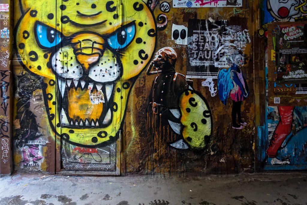 streetart - plotbot ken - berlin, haus schwarzenberg