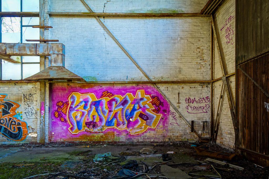 urbexart - graffiti - kowa - air field rangsdorf