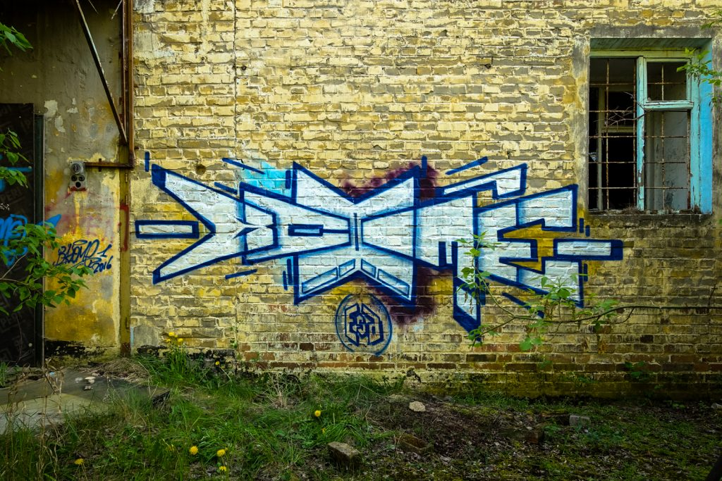 urbex - graffiti - air field rangsdorf