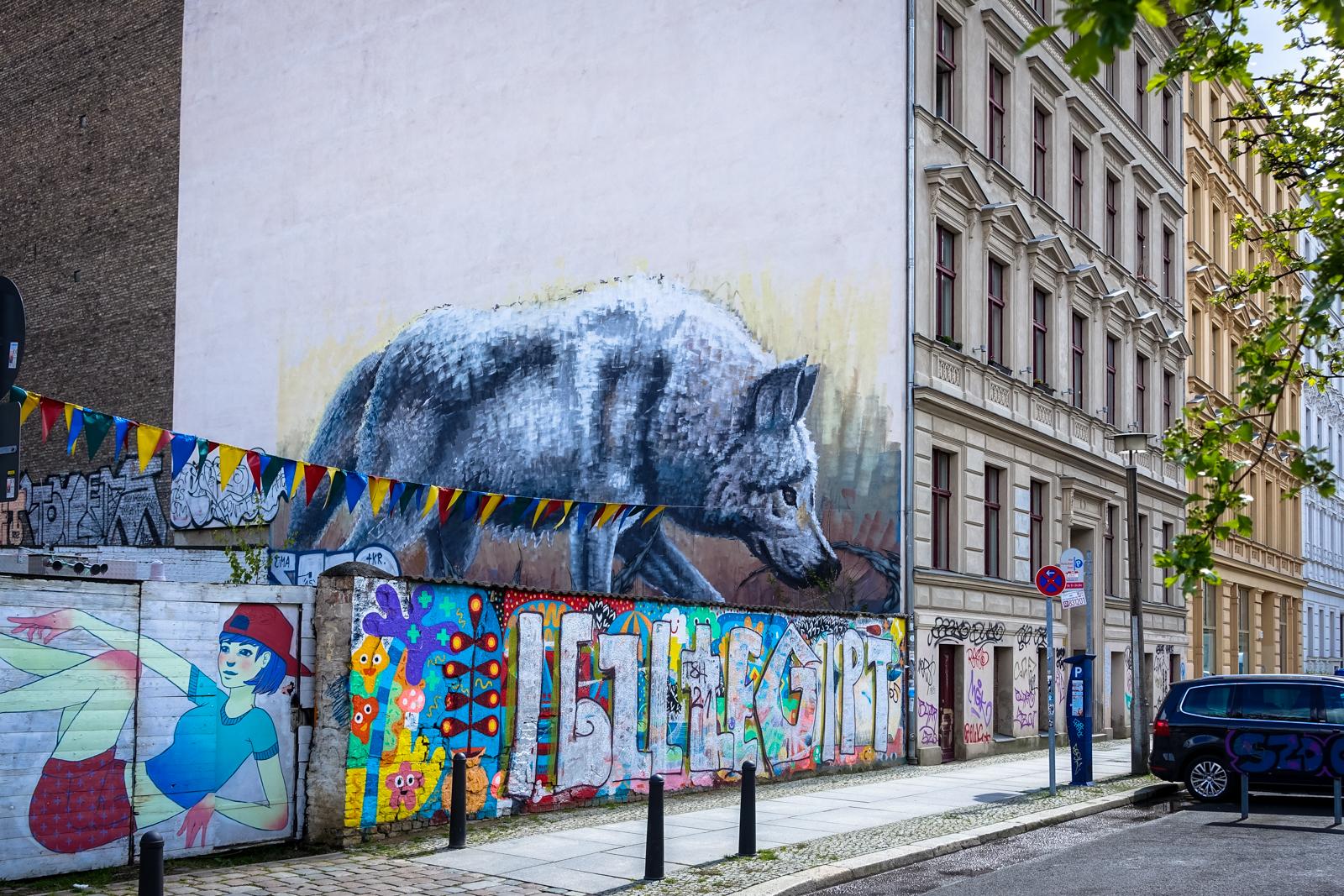 mural - alaniz & knock - fit tankstelle, berlin