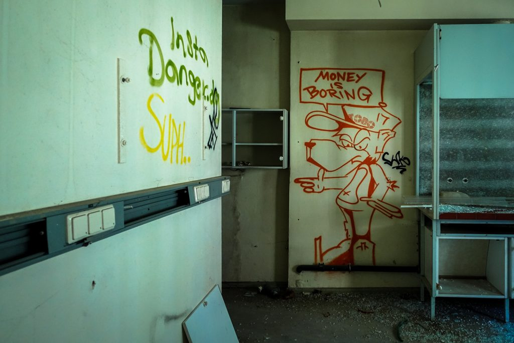 urbex - tobo - anatomy institute - berlin, dahlem