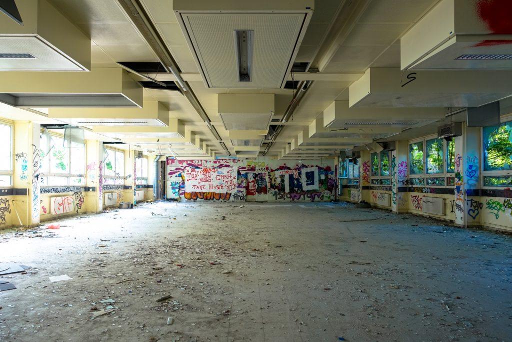 urbex - anatomy institute - berlin, dahlem