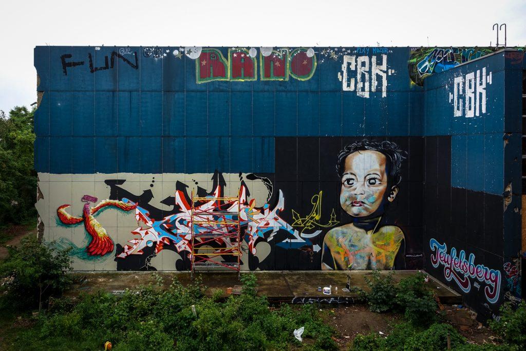 mural - aum & ?? - berlin, abhörstation teufelsberg