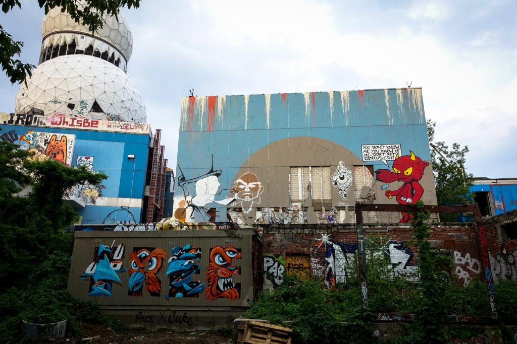 graffiti - axer zalp & cuke one / tobo - berlin, abhörstation t