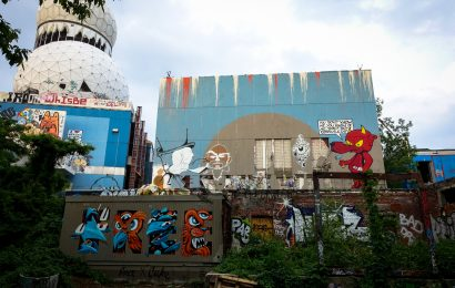 "graffiti lobby berlin ""the art of living"" – graffiti jam, teufelsberg"