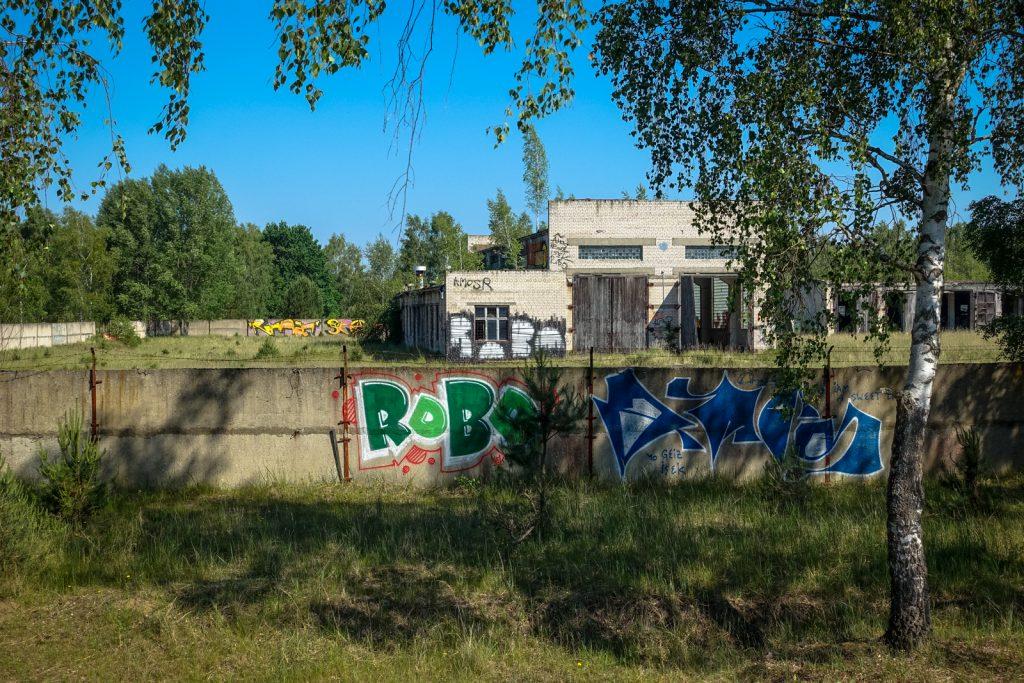 urbex graffiti - robo & amos - ghostcity vogelsang