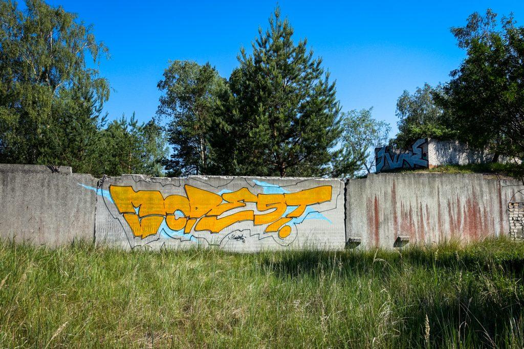 urbex graffiti - modest - ghostcity vogelsang