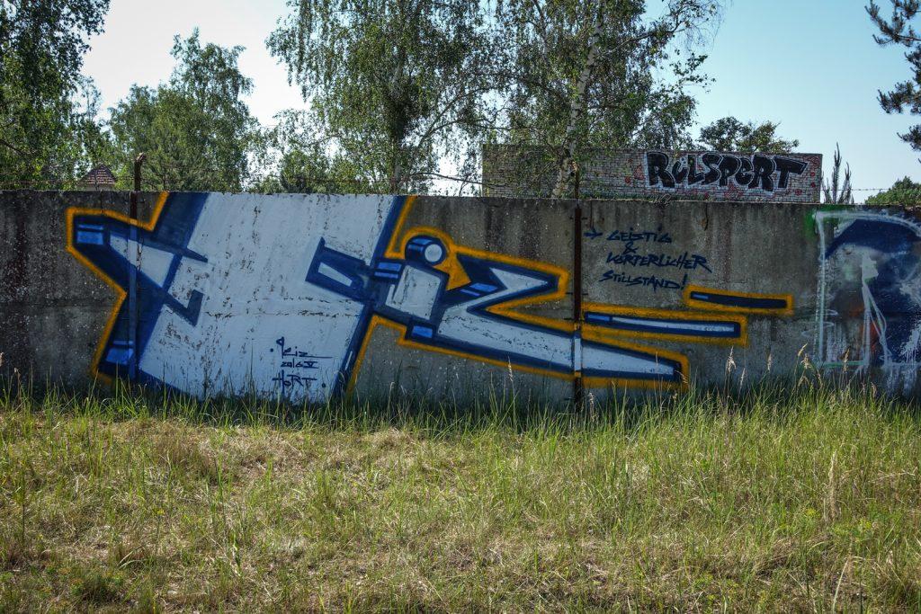 urbex graffiti - geiz - ghostcity vogelsang