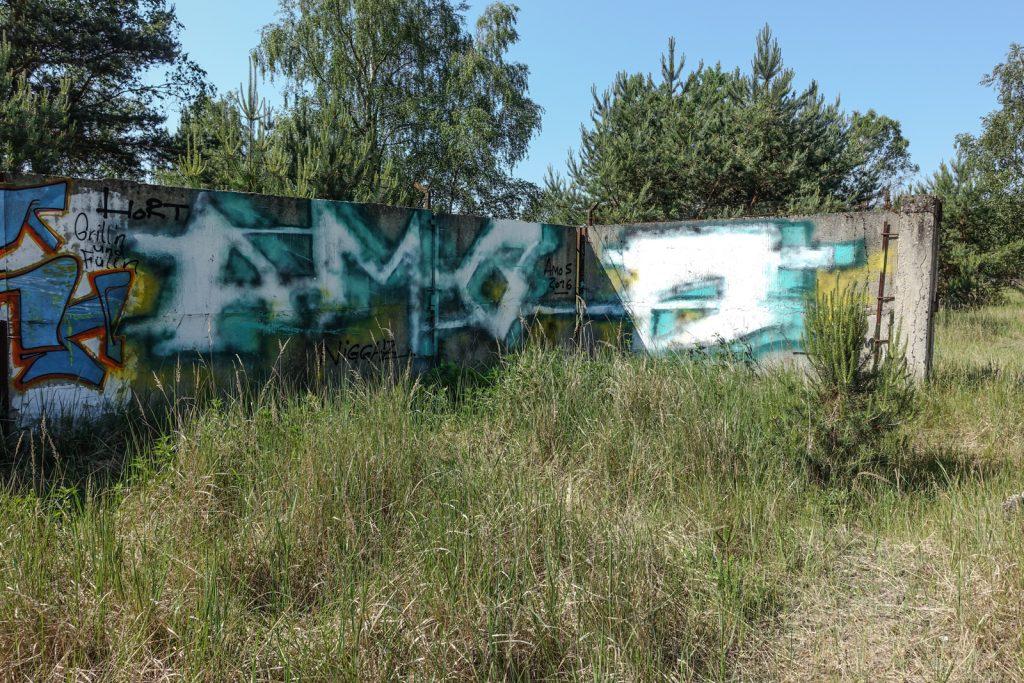 urbex graffiti - amos - ghostcity vogelsang