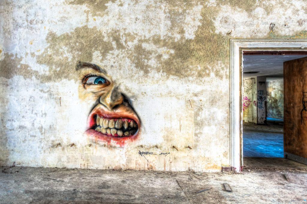urbex art - adnate - ghostcity vogelsang