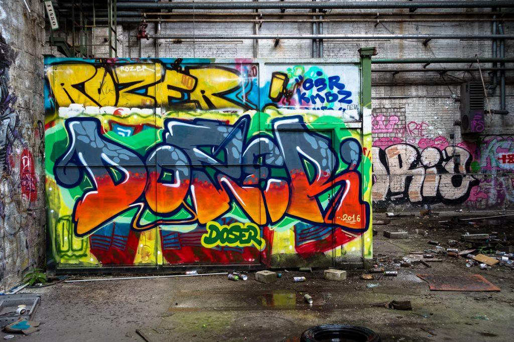 urbexgraffiti - doser - deutz ag industrieruine, köln mülheim