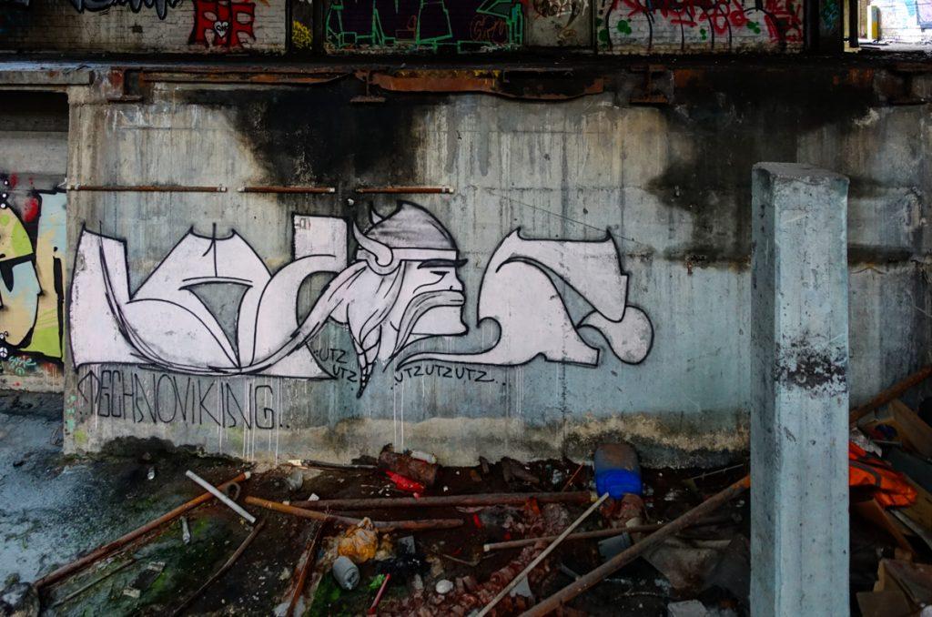 urbexgraffiti - technoviking - deutz ag industrieruine, köln m