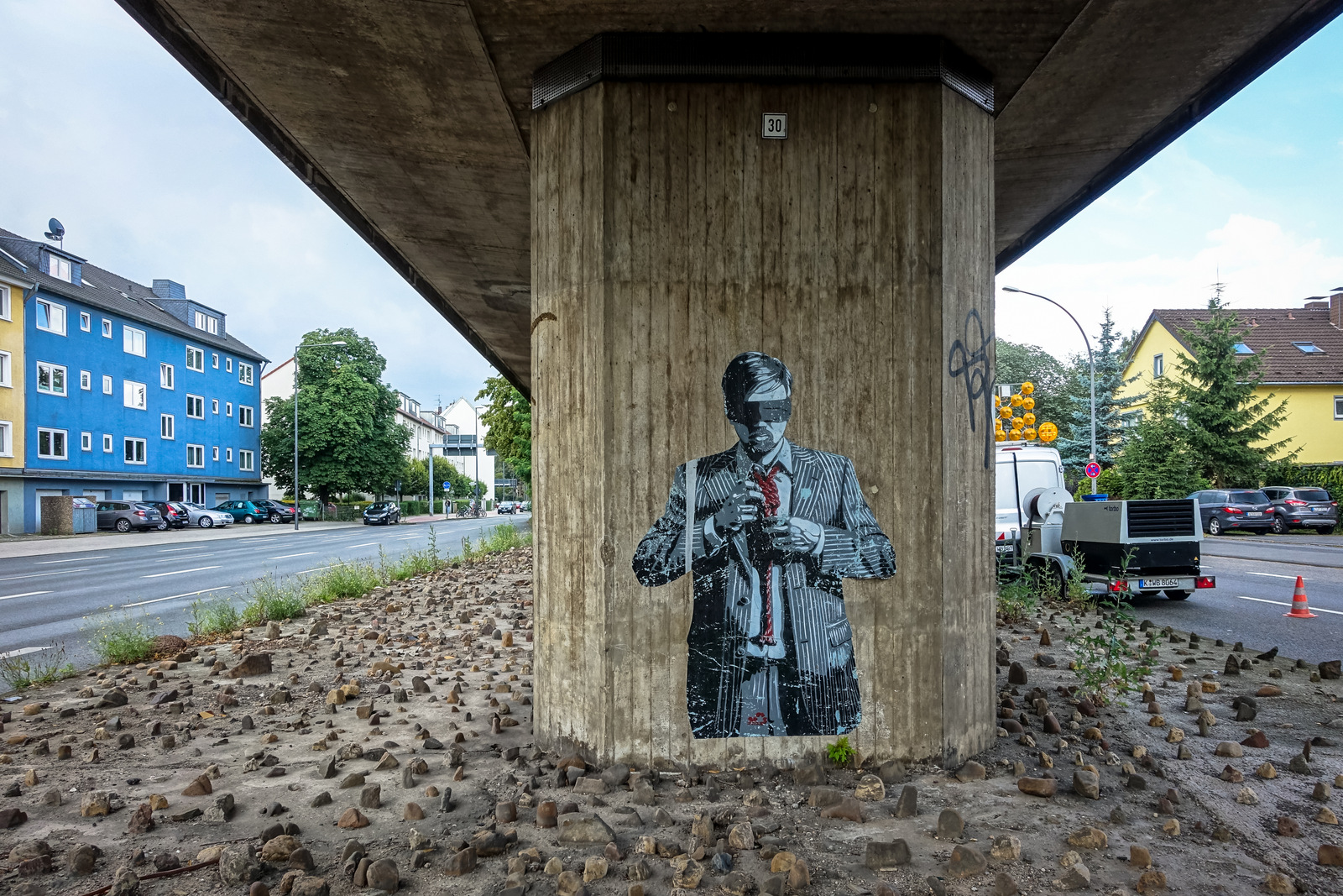 stencil - decycle - köln