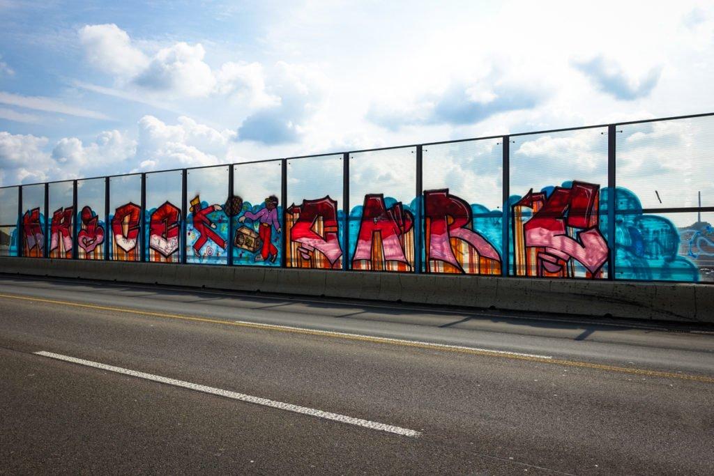 graffiti - krice & care - rheinbrücke leverkusen