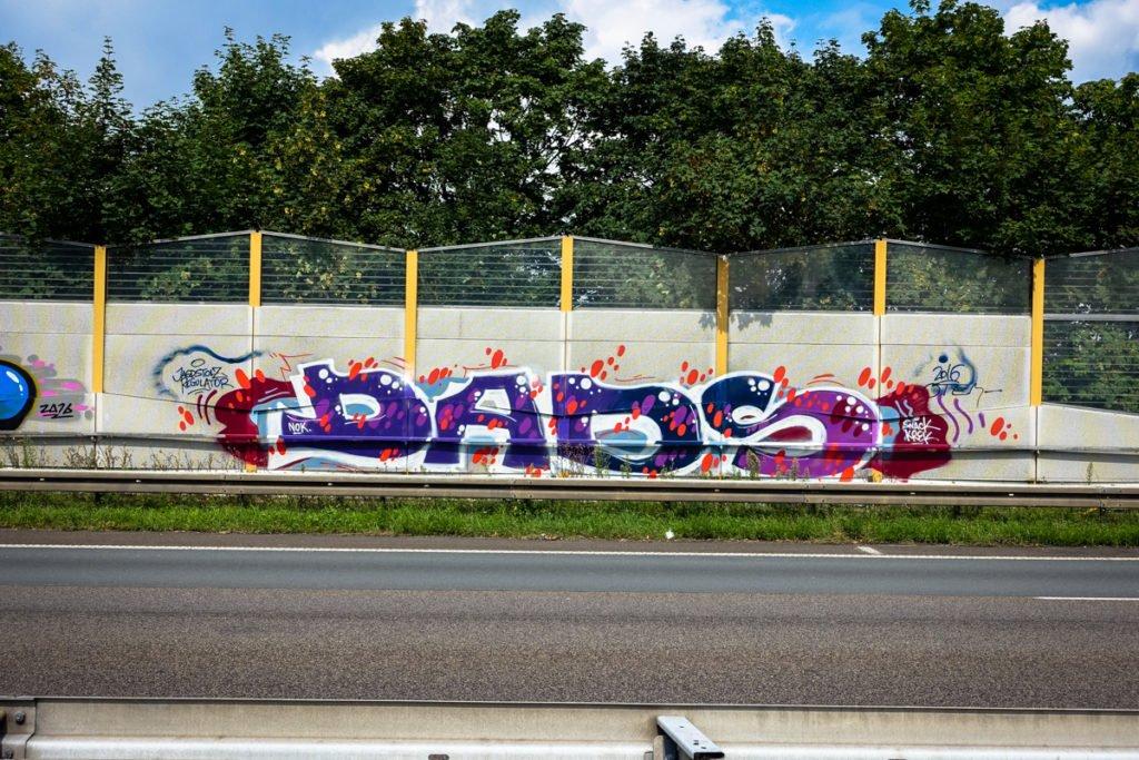 graffiti - dads - rheinbrücke leverkusen