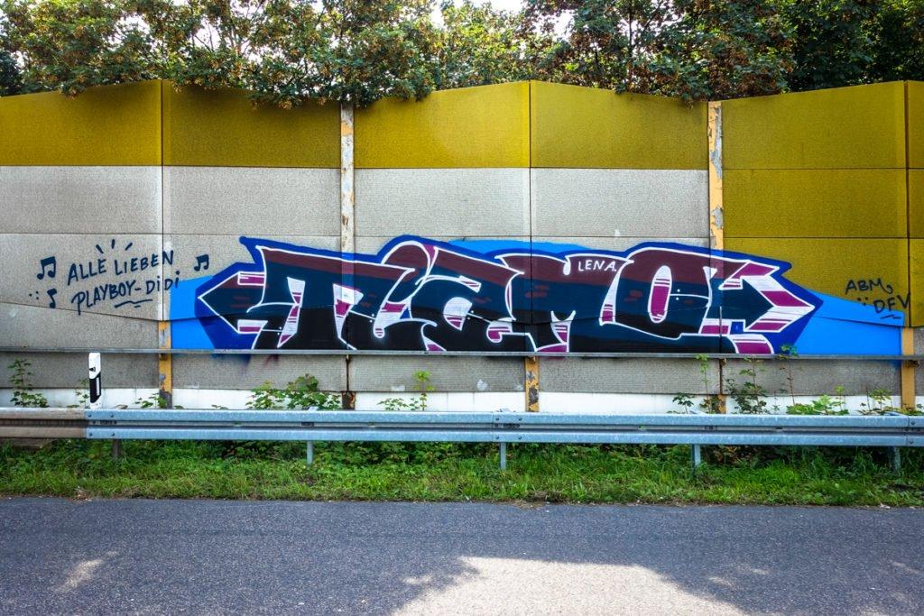 graffiti - tiamo - rheinbrücke leverkusen
