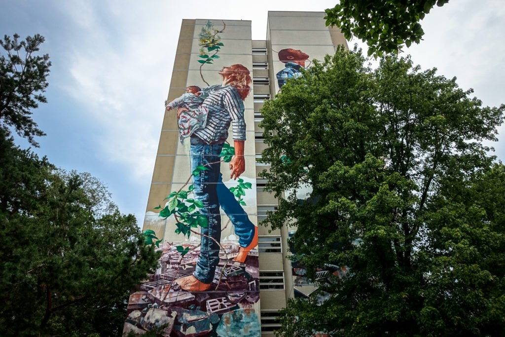 mural for one wall - fintan magee - berlin-tegel