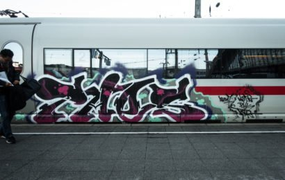 ice trainbombing – cologne main-station