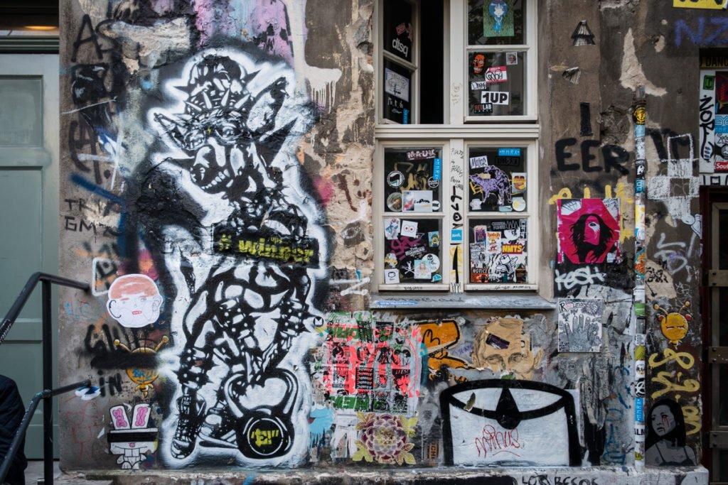 stencil - e-schablone - haus schwarzenberg, berlin