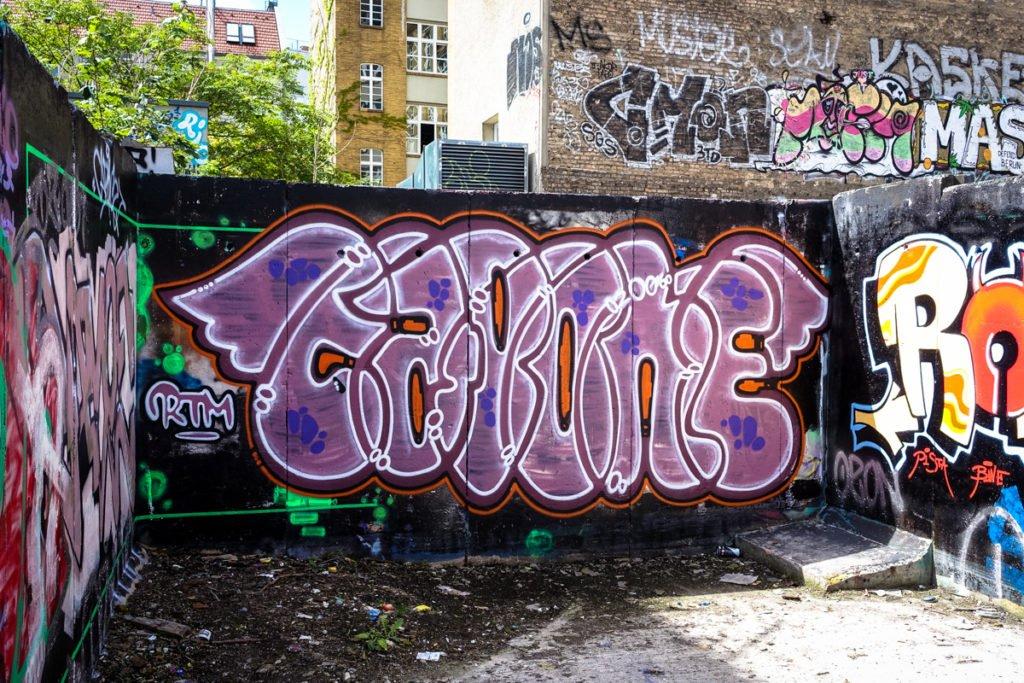 graffiti - capone - platoon, berlin mitte