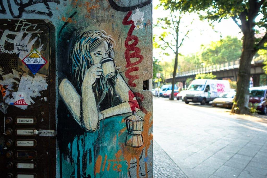 street painting - alice - berlin, kreuzberg