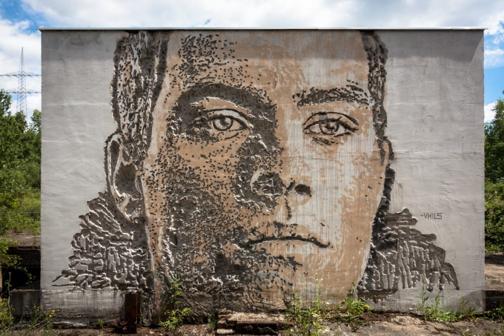 vhils 'scratching the surface project' - 4