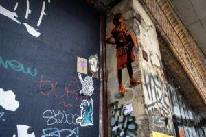 paste up - tona, planet selfie,  hkdns - dircksenstrasse, berlin