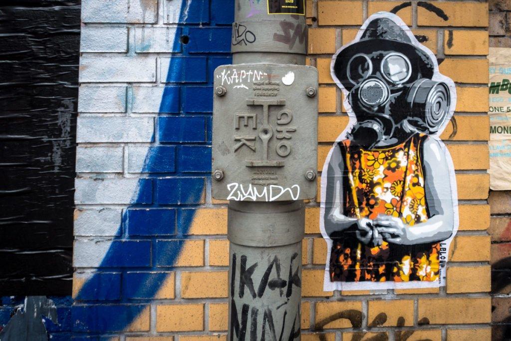 paste up - leloup - dircksenstrasse, berlin
