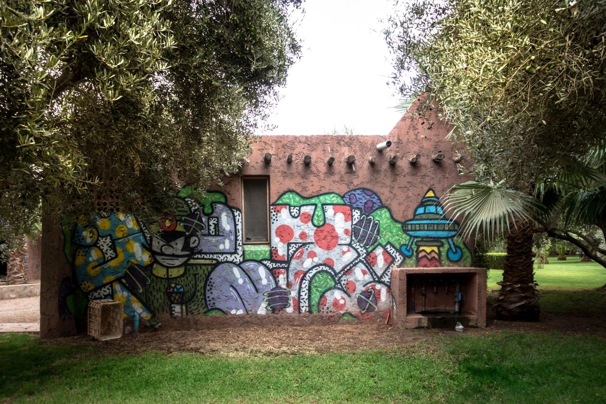 Urban Art Im Garten Des Jardin Rouge Oktober 2017 Marrakesch