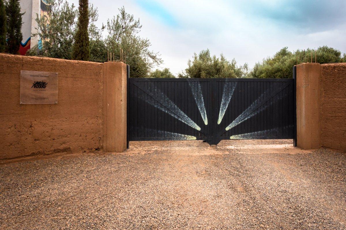 Urban art in der direkte umgebung vom jardin rouge for Jardin 2017