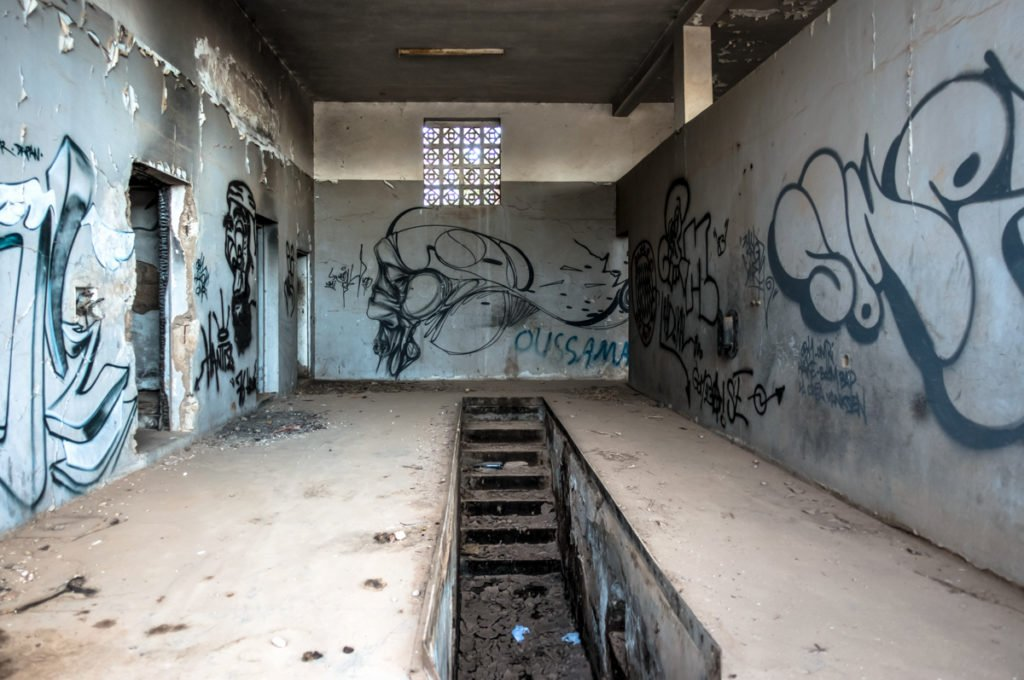 graffiti – urbex art on the road to jardin rouge